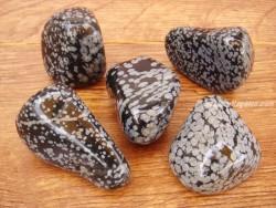 Piedras pulidas Obsidiana Nevada