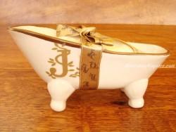Jabonera de cerámica letra J