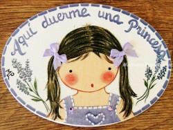 Placa para puerta niña vestido violeta (Aquí duerme una Princesa)