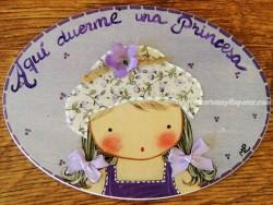 Placa para puerta niña sombrero flores (Aquí duerme una Princesa)