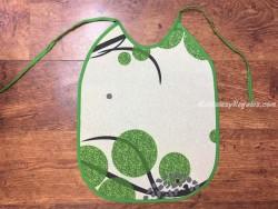 Babero adulto - Modelo TRAZOS - Verde