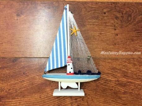 Barco velero de 26,5 cm. color azul claro
