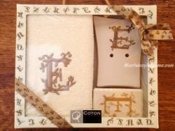 Caja de Regalo letra E
