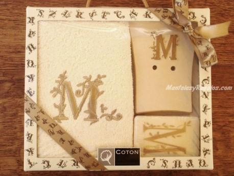 Caja de Regalo letra M