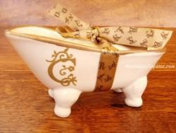 Jabonera de cerámica letra C