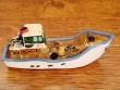 Barco Pesquero de resina - 9 cm. (modelo nº 5)