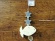 Guirnalda de jabones - Modelo PEZ BLANCO - 21 cm.