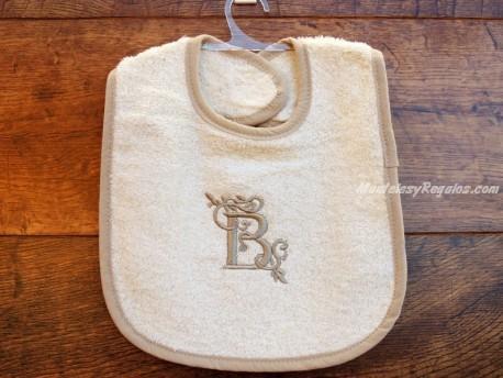 Babero bebé letra B