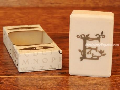 Jabón perfumado - Letra E