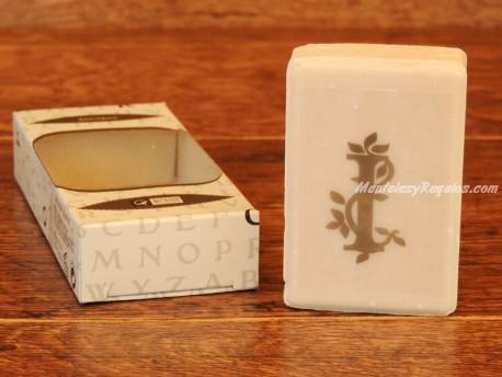 Jabón perfumado - Letra I