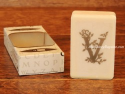 Jabón perfumado - Letra V