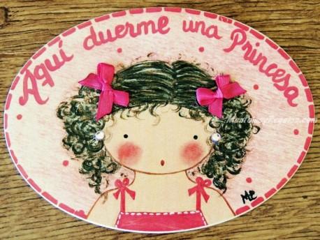 Placa para puerta niña con pelo rizado (Aquí duerme una Princesa)