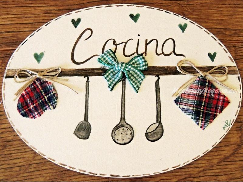 Placa para puerta cocina utensilios for Utensilios de cocina artesanales