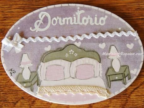 Placa para puerta dormitorio fondo violeta (Dormitorio)