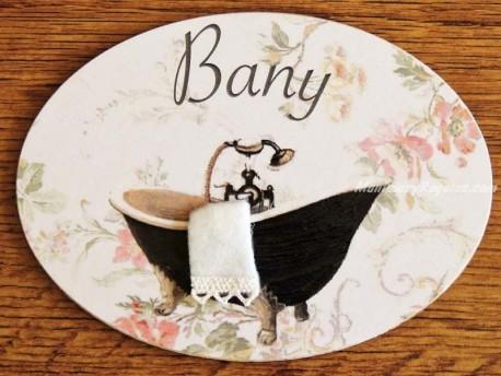 Placa de baño con bañera negra fondo flores (con texto BANY)