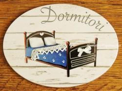 Placa de dormitorio con cama colcha azul (con texto DORMITORI)