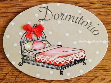 Placa de dormitorio con cama cabezal hierro (con texto DORMITORIO)