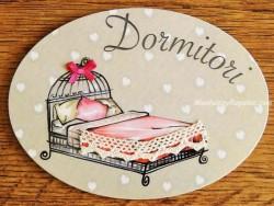 Placa de dormitorio con cama cabezal hierro (con texto DORMITORI)