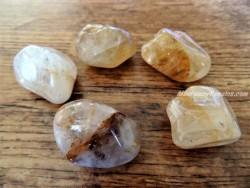 Piedras pulidas de Cuarzo sanador